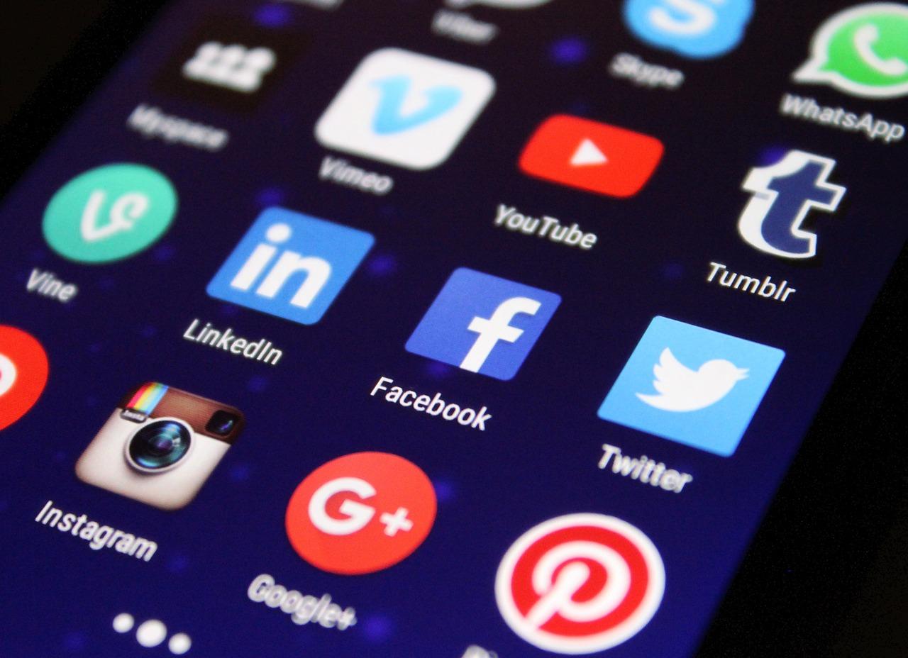 online reputation social networks